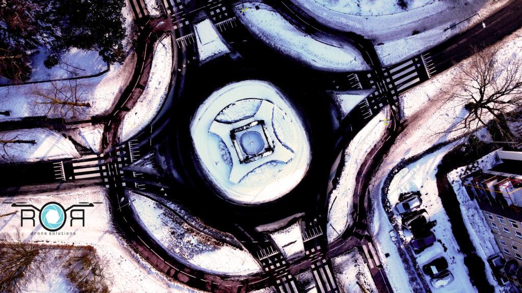 Rotonde-veghel-in-de-sneeuw